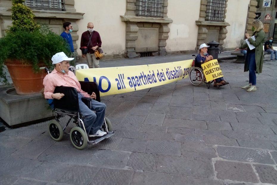 protesta disabili vita indipendente